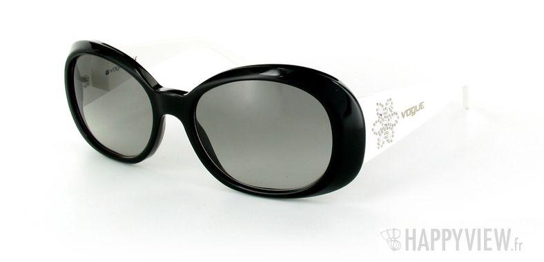 Lunettes de soleil Vogue Vogue 2562S blanc/noir - vue de 3/4