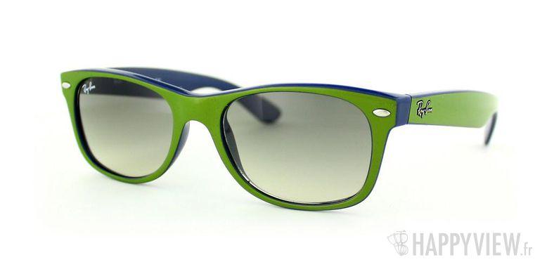 Lunettes de soleil Ray-Ban Ray-Ban New Wayfarer vert/bleu - vue de 3/4